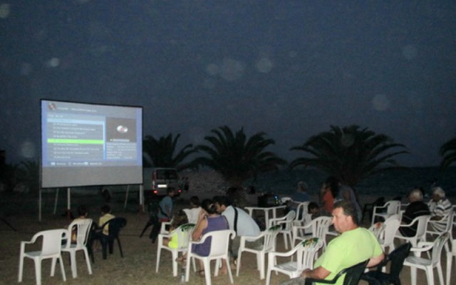 There are different theme evenings in Paralia Dionisiou Beach