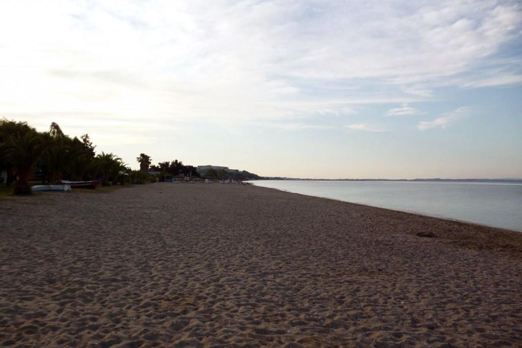Endless sand beach in Paralia Dionisiou Beach, Halkidiki.